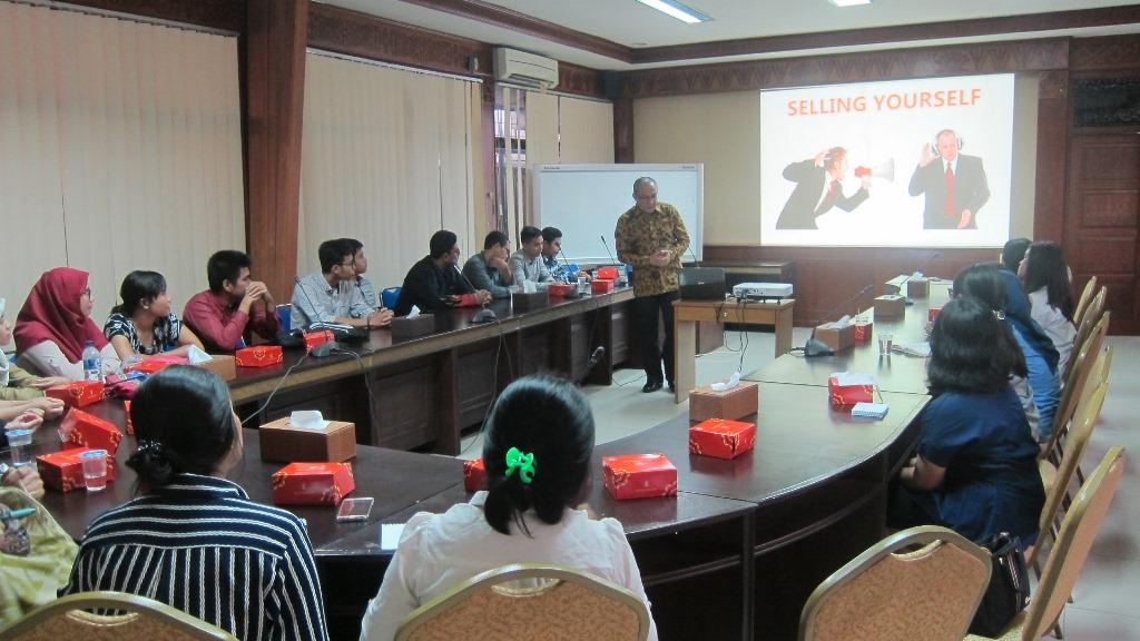 public-speaker-12