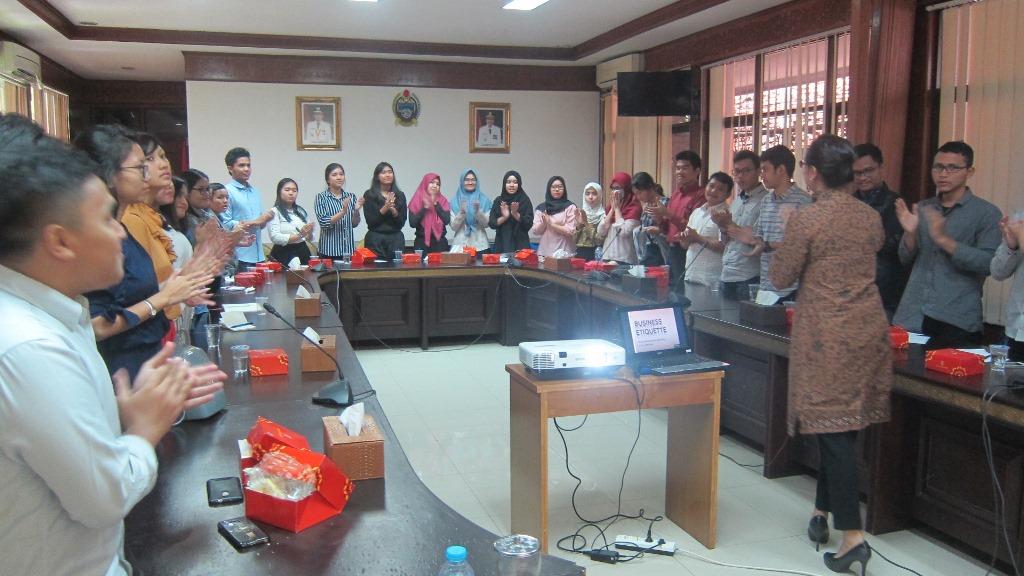 public-speaker-13
