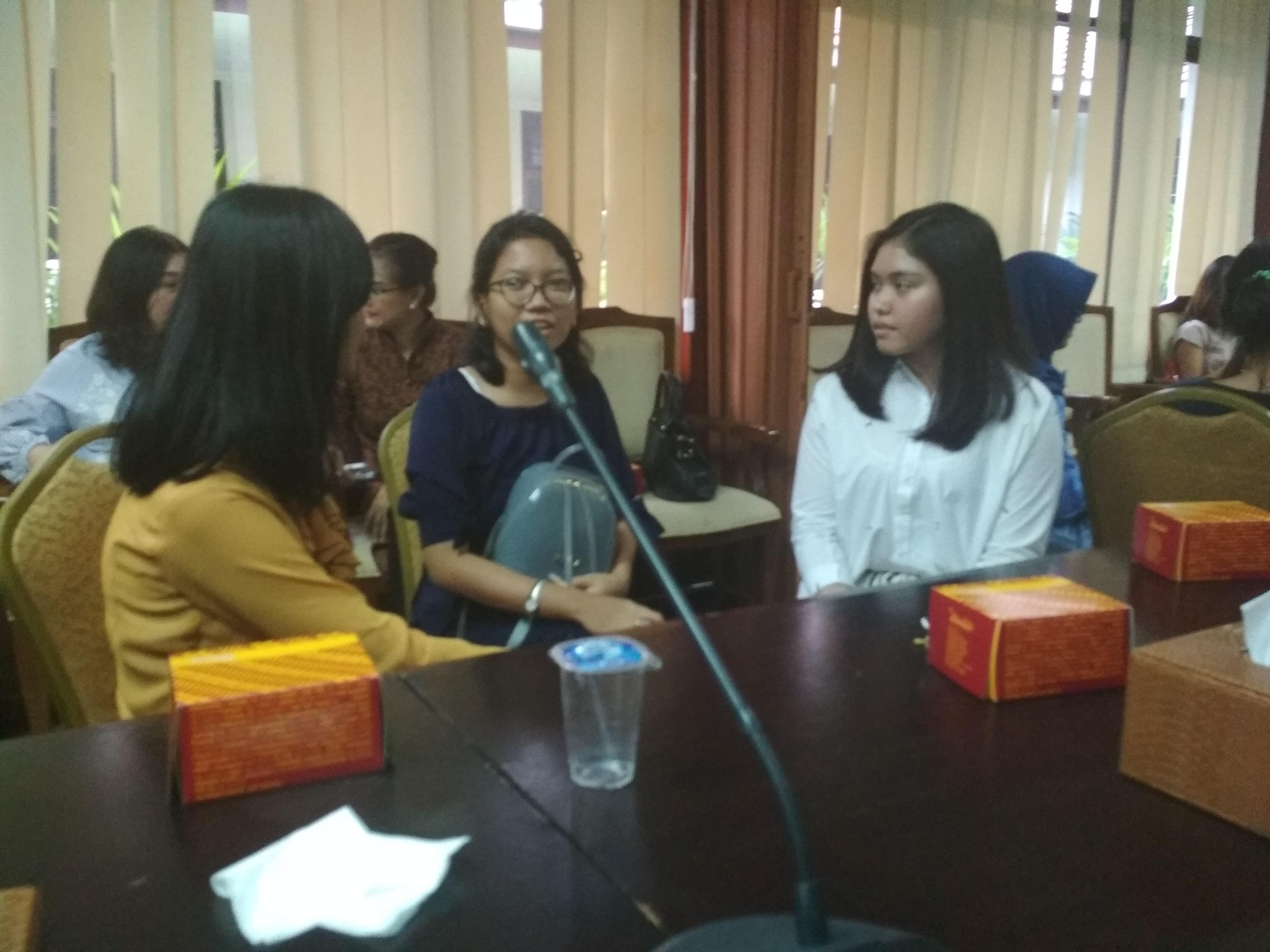 public-speaker-6
